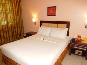 ダバオのザロイヤルマンダヤホテル