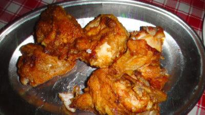 アンへレスのAngeles Fried Chickenのフライドチキン