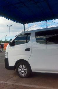 バコロド空港からバコロド市内への乗り合いバン