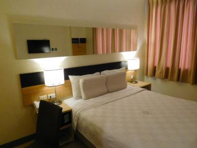 ゴーホテルズイロイロのクィーンルーム