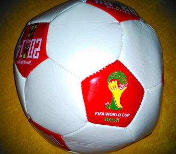 FIFAワールドカップブラジルのサッカーボール(景品)