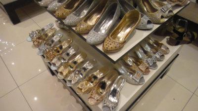 マカティのデパートThe Landmarkの靴売り場