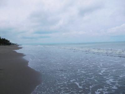 パンガシナンダグパンのトンダリガンビーチ