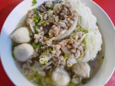 タイのおいしいラーメン(米の麺)