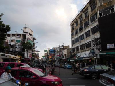 バンコクのカオサン通り