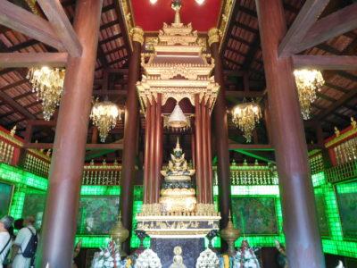 チェンライのエメラルド寺院ワットプラケオ