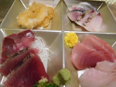 静岡駅の魚処のへその日替わりランチの刺身