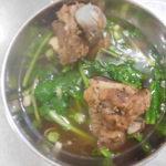 ベトナムのカントーのおいしいラーメンと屋台飯