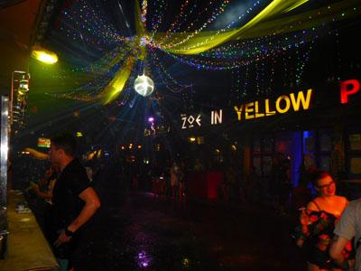 チェンマイのZoe in Yellowのソンクランイベント