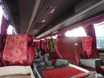 チェンマイからルアンナムター行きのVIPバス
