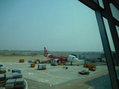 ホーチミン(タンソンニャット)国際空港のエアアジア