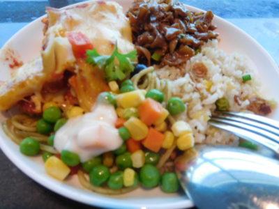 クアラルンプール国際空港のプライオリティパスラウンジの食事