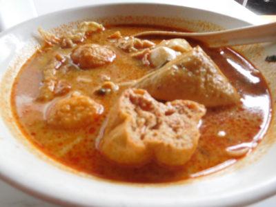 クアラルンプールのおいしいラクサヌードル