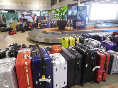 バンコクのドンムアン国際空港の荷物受取場
