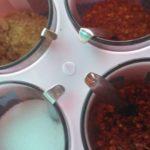 タイの食堂においてある数種類の調味料は危険