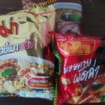 タイで一番おいしいインスタント麺はシーフード焼きそば