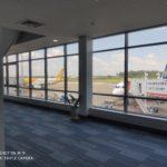 ビエンチャン市内からビエンチャン国際空港へ配車サービスで移動